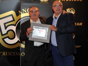 Mr. Manuel Ramôa - the company's founder - and Enrico Centi - Area Manager of Marangoni Retreading Systems