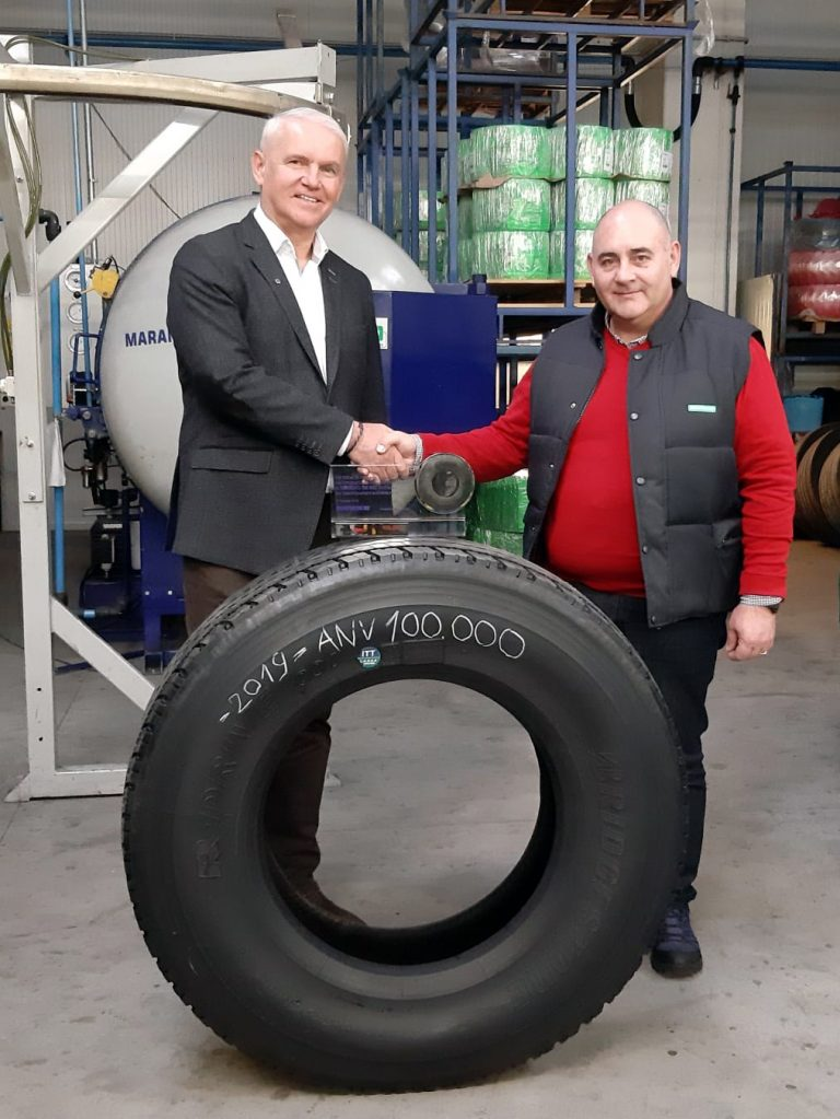 Marangoni celebrates the 100,000th retread of its partner PneuMaxx